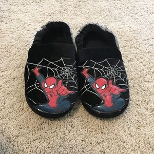 Other - Boys size 2/3 Spider-Man slippers nwot